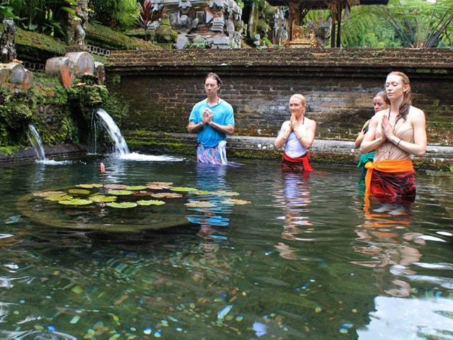 Balinese water purification ceremony